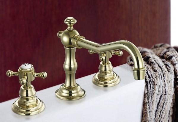 バスルームの赤いカビの簡単掃除方法