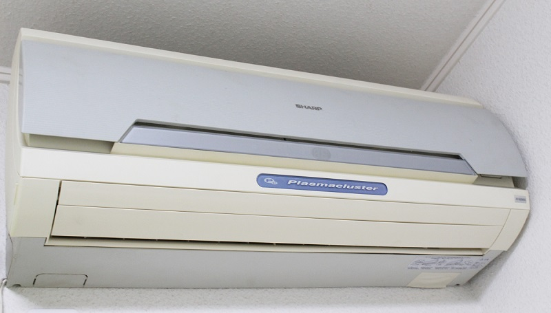 エアコンにカビが生えた!百均グッズでできるエアコン掃除のポイント