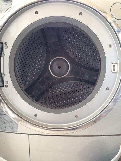 【梅雨の季節の掃除】ドラム式洗濯機の洗濯槽の掃除