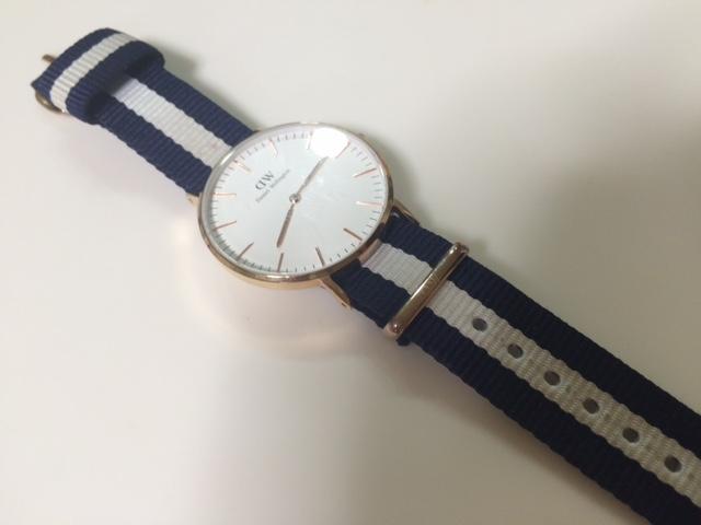 腕時計ベルトの汚れがスルスル落ちる。みんなの家にある粉でつけ置き洗い。